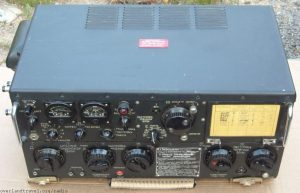 "Aircraft radio transmitter R-807 ""Berkut"" Prototype USA company COLLINS AN/ART-13. Modulation: AM, CW."